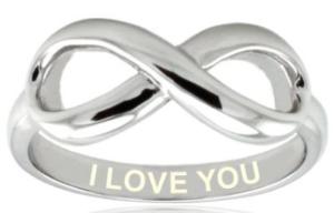 """Unendlichkeitszeichen Ring mit """"I Love You"""" Gravur zum Valentinstag"""
